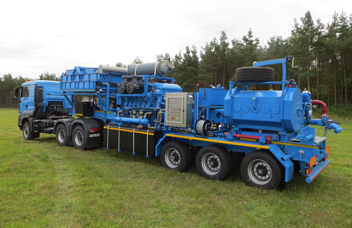 Frac Pump Trailer for sale in Europe 1