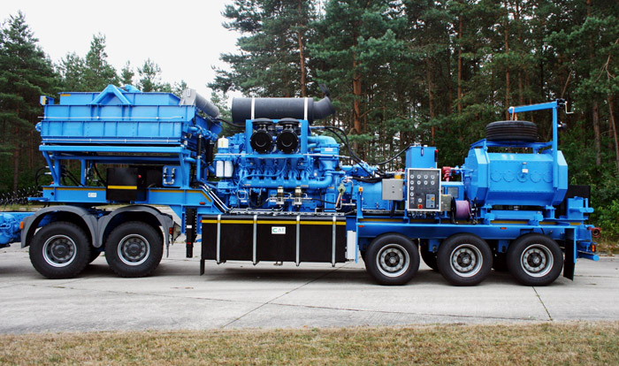 Frac Pump Trailer for sale in Europe 3
